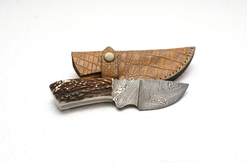 Coltello in damasco coltelli damasco coltello for Trappola piccioni